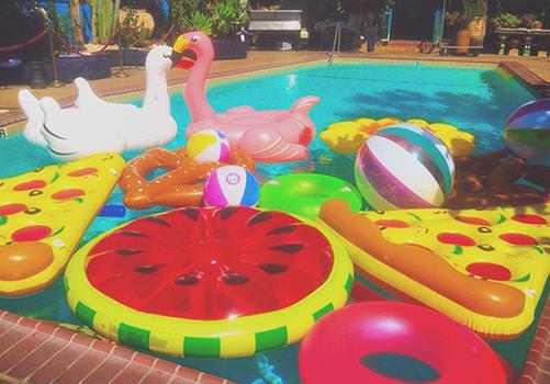 Juguetes de verano for Juguetes de piscina
