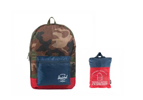 Herschel_packable_backpack_camo_navy_red_backseries